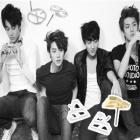 韓国人気アイドルEXOのユニークラインイヤリング(2TYPE)