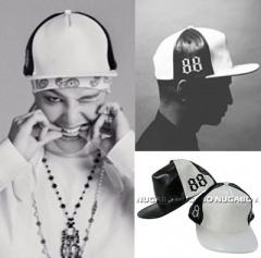 《EMS送料無料=3営業日到着》BIGBANG SOL私服・G DRAGON着用@レザー88Point Snapback@韓国キャップ通販(2color)