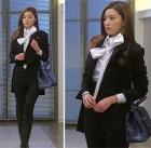 韓国人気俳優チョン・ジヒョンがドラマ『星から来たあなた』で着用したビッグリボンブラウス