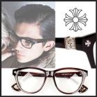 セレブたちに愛される人気のファッションアイテムCh st.ロゴディテールMonthly glasses(2color)