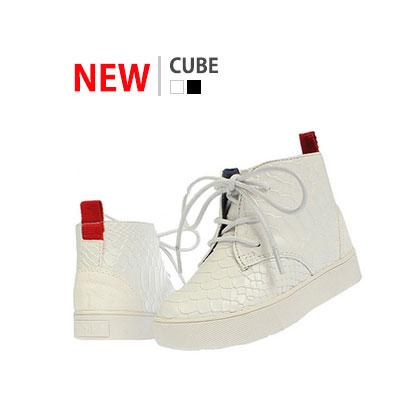 韓国子供靴[BUDY/CUBE HIGH TOP SNEAKERS]ワニ革のような感じのユニークでオシャレなハイトップスニーカー(2Colors)