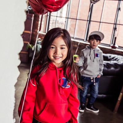 韓国子供服[GAPKIDS/CHAMP HOODIE]BIG 刺繍ロゴがポイントのベーシックフーディパーカー (3Colors)