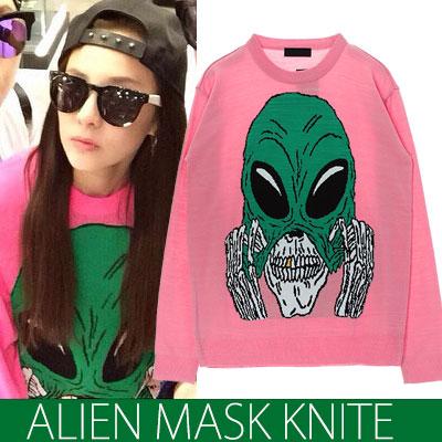 春にぴったり★高級ニットのバージョン★2NE1 SANDARA STYLE!エイリアンマスクニットシャツ(WHITEPINK)/Alien Mask Knit shirts
