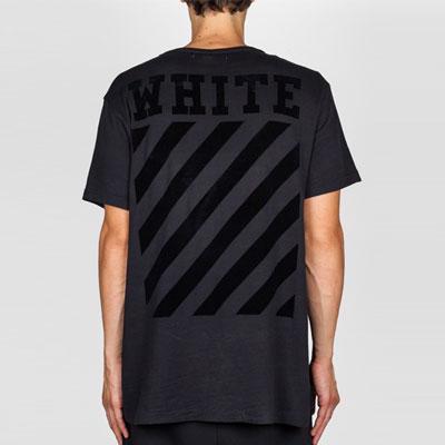 ベルベット感じシグネチャ印刷が素晴らしいWHITEロゴシグネチャ半袖ブラックTシャツ