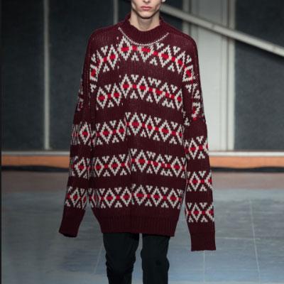 ジャガードオーバーサイズのセーター
