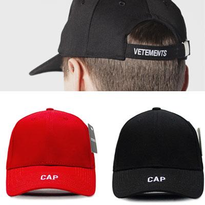 <<再入荷完了>>フロント&ブラックのロゴ刺繍ボールキャップ/ red、black