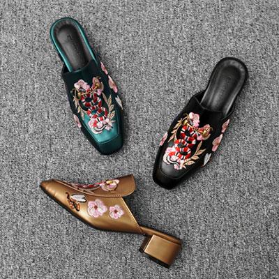【RANG SHE】春の香りプンプン~ サクラ&スネーク刺繍ローファー(3color)