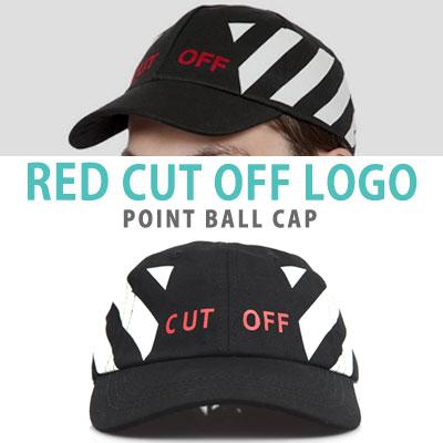 レッドCUT OFFのロゴのポイントボールキャップ
