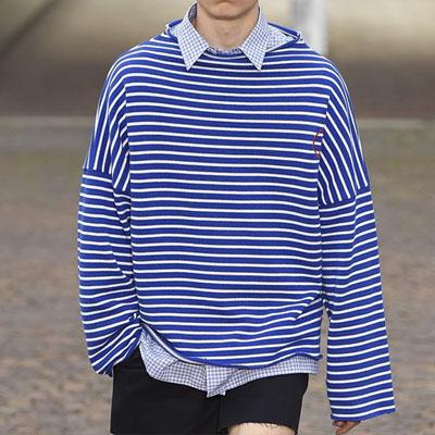 ボートネックオーバーサイズストライプTシャツ