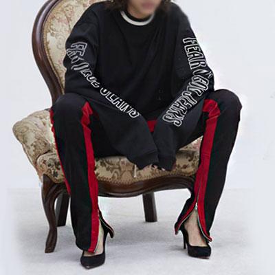 【riri zipper]サイドジップアップディックレッドラインジョガーパンツ