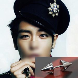TOP 私服|BIGBANGのTOPが雑誌の撮影で着用したスタイルの円錐ピアス