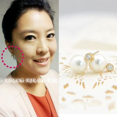 韓国女子アナウンサー協賛商品|シンプルで活用度の高いシンプルで可愛いキュービッグ&パールSimple earring