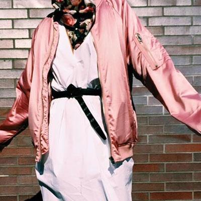 【FEMININE : BLACK LABEL】 ラッフルスリーブサテンボンバージャケット(BABYPINK/BLUEGREEN/BLACK)