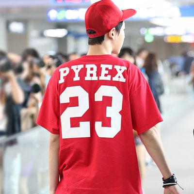 EXO・BIGBANG G DRAGON・2NE1 CL愛用ブランドPYRE*風ベーシックロゴプレインティング半袖 Tシャツ(3Color・2Size)