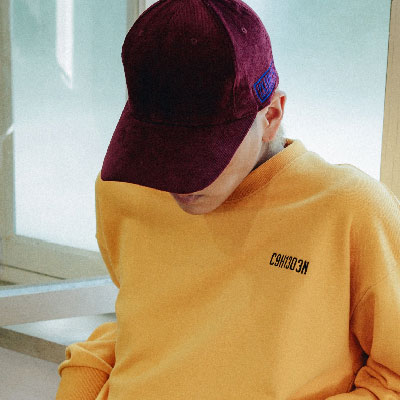【2XADRENALINE】コーデュロイ刺繍ロゴボールキャップ/ バーガンディ