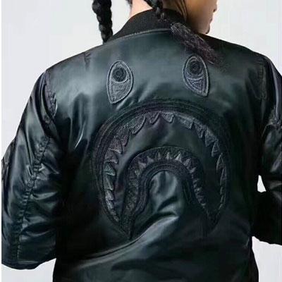 [UNISEX] シャークフェイス刺繍MA-1ボンバーのジャケット(2color)