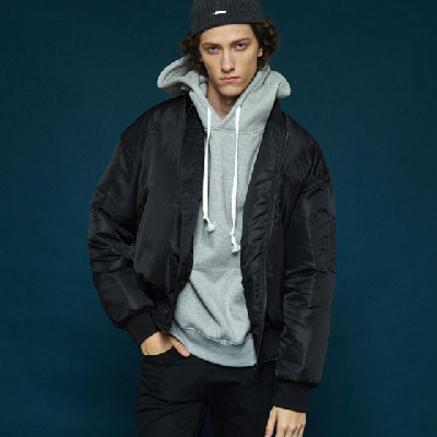 【2XADRENALINE】刺繍入りMA-1ジャケット-ブラック