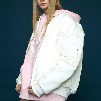 【2XADRENALINE】刺繍入りMA-1ジャケット-ホワイト