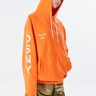 [UNISEX] 後ろ&スリーブロゴプルオーバーフード(2color)