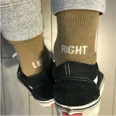 [UNISEX] LEFT&RIGHT ロゴポイントユニークソックス/靴下(3color)