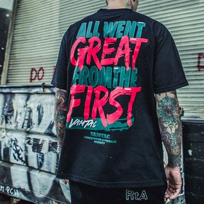 [UNISEX] グレートレタリングショートtシャツ/半袖(2color)