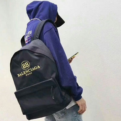 《only VIP》LINE balenci***backpack