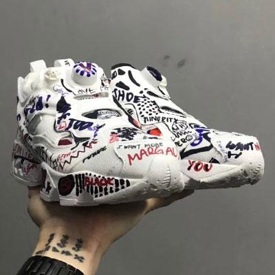 《only VIP》LINE Vetem*Reeb***Fury sneakers - Doodles(落書き)