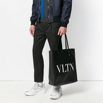 《only VIP》LINE valent*** shoulder bag.