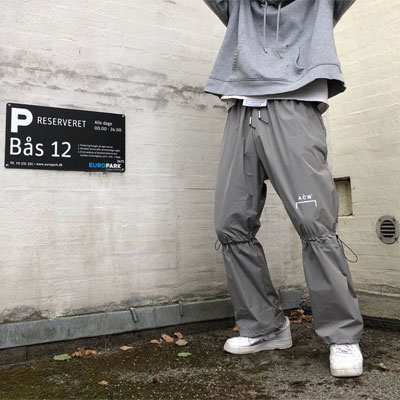 《only VIP》LINE A.C.W Knee String Pants