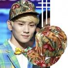 Music Bank SHINee 『DREAM GIRL』KEY(キー)の可愛いフラワーキャップ