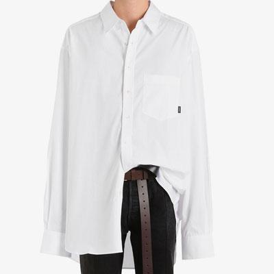 [UNISEX] オーバーサイズのロゴのタグポイントソリッドシャツ(2color)