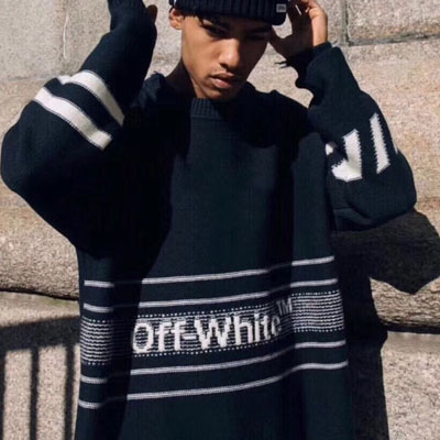《only VIP》LINE Off w@ite knit
