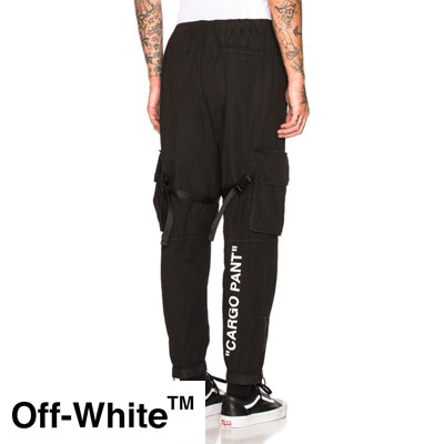 《only VIP》LINE off @hite track pants