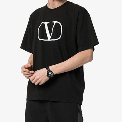 [UNISEX]V&ラウンドスクエアプリント半袖Tシャツ(2color)