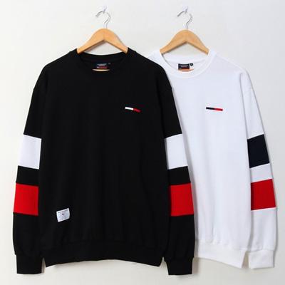 [UNISEX] スクエアカラーポイントスウェットシャツ (2color)
