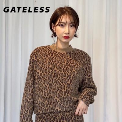 【GATELESS】ヒョウ柄パターン広がりスウェットシャツ (2color)