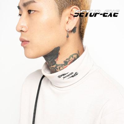 【SETUP-EXE】Fire logo turtleneck T-shirt - beige
