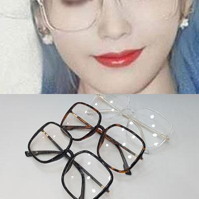 [UNISEX] IU st. スクエアフレーム眼鏡 (3color)