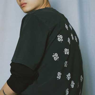 [UNISEX] ペイズリーディスパースTシャツ/半袖