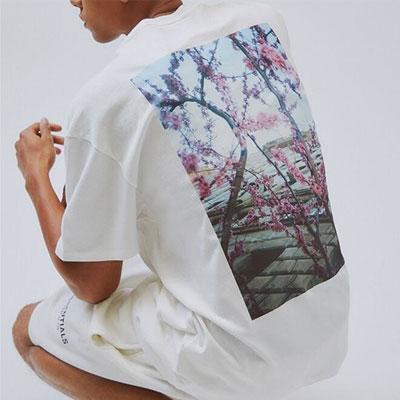 [UNISEX] ESSENTIALSフラワーTシャツ/半袖 (2color)