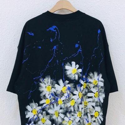 [UNISEX] デイジーバンチペイントTシャツ