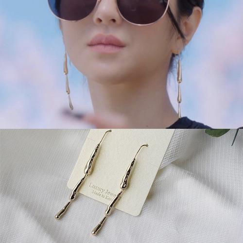 韓国ドラマ[It's Okay to Not Be Okay/サイコだけど大丈夫]/Seo Yeji/ソイェジ st. トリプルドロップゴールドピアス